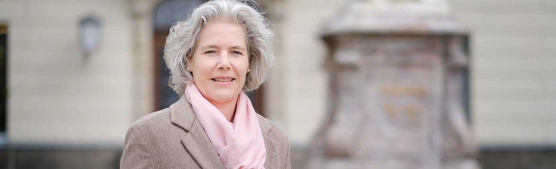 Prof. Dr. Eva Inès Obergfell